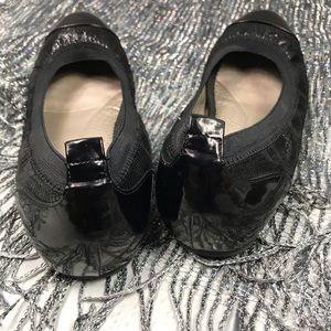 me too Shoes - Me Too Kaden Flats Size 7M